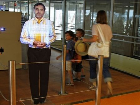 Aeroport_Orly_Hologramme